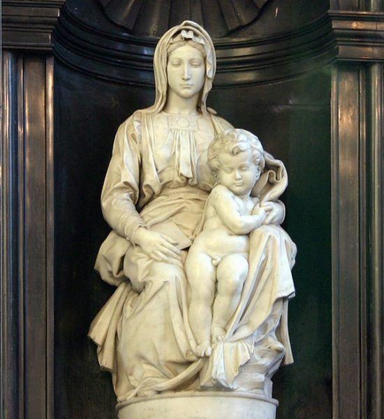 Ofiarą Niemców padła między innymi ta brugijska rzeźba Madonny dłuta Michała Anioła (fot. Elke Wetzig, lic. CC BY-SA 3.0).
