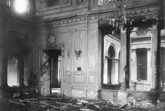 Carski pałac po nieudanym zamachu Chałturina.