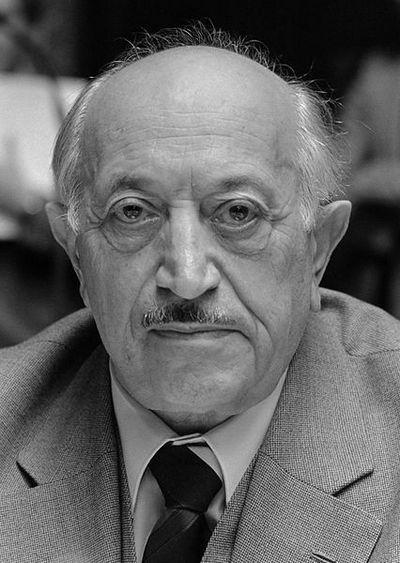 O tym, że Hitler chorował na syfili był przekonany m.in. Szymon Wiesenthal (źródło: National Archives of the Netherlands; fot. Rob Bogaerts; lic. CC ASA 3.0).