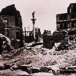 Warszawa w gruzach. To fotografia z 1939, a nie 1944 roku.