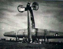 Lądowanie B-24 w iście amerykańskim stylu...