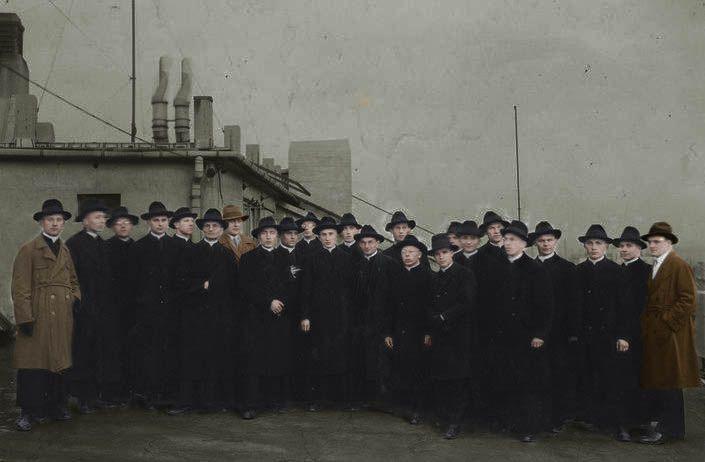 Nie tylko władz tzw. Polski Ludowej represjonowały niepokornych księży. W II RP duchowni również musieli liczyć się z przykrymi konsekwencjami, jeżeli krytykowali rządzących (koloryzacja RK).