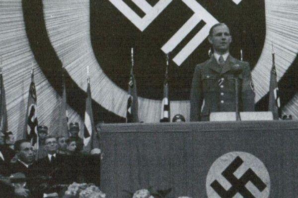 Dumny nazista został poniżony zakwalifikowaniem do pośleniej kategorii. Paskudna potwarz!