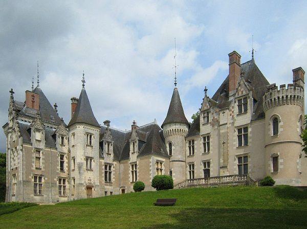 Scenerią tego wyjątkowo nieudanego ślubu było Château de Candé we Francji (zdjęcie opublikowane na licencji CC BY-SA 2.0, autor Manfred Heyde).