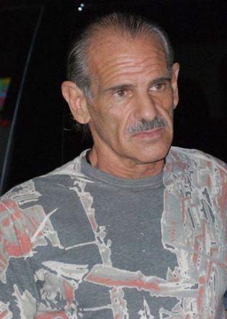 """Ten miły starszy pan to Jon Roberts jeden z Kokainowych Kowbojów, którzy zalewali ulice Miami tonami narkotyków. Jego rady zawarte we wspomnieniach (""""Prawdziwy gangster"""", Znak 2012) przytaczamy wam dzisiaj."""