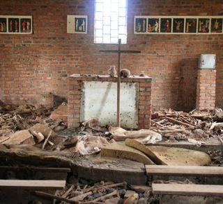 W trakcie masakry z 1994 r. nawet kościoły nie stanowiły bezpiecznego schronienia. Przykładowo w Ntrama w budynku świątyni zginęło aż 5 tysięcy ludzi (fot. Scott Chacon; lic. CC ASA 2.0).