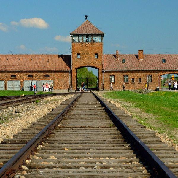 Birkenau (fot. Morneomorneo, CC BY-SA 3.0 PL)