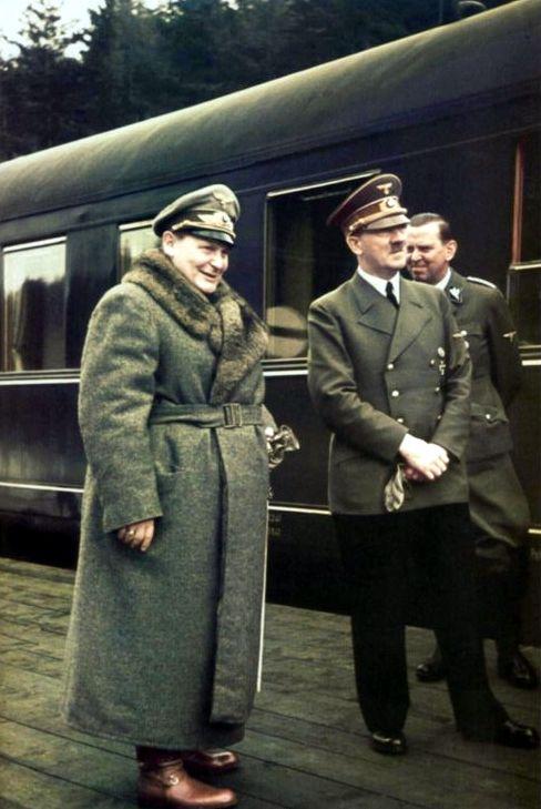 Głównymi celami jednostki Iron Cross mieli być m.in. Adolf Hitler i Hermann Göring