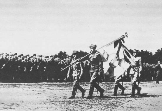 Pierwszą polska jednostką sformowaną na terenie ZSRR pod auspicjami Związku Patriotów Polskich była Dywizja Piechoty im. Tadeusza Kościuszki.