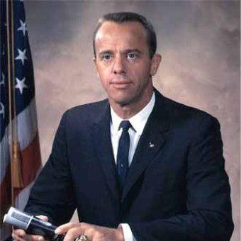Pierwszy amerykański astronauta Alan Shepard zdecydowanie nie był aniołkiem.