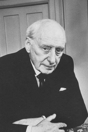 Lord Moran - osobisty lekarz Churchilla - z Krymu wyniósł mieszane uczucia. Z jednej strony zaskoczył go przepych, z drugiej zaś nawet po latach wspominał plagę pluskiew.