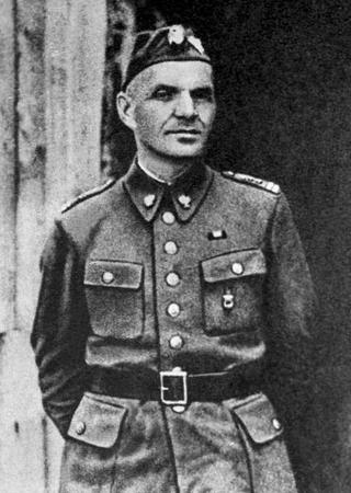 Zygmunt Berling, To jemu komuniści powierzyli dowództwo nad polskim wojskiem tworzonym w ZSRR.