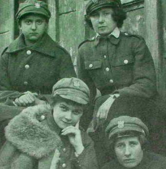 Polskie żołnierki z Ochotniczej Legii Kobiet.