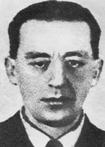 """Tadeusz Runge """"Witold"""", to on zaproponował jako pierwszy wykorzystanie kanałów do ataku na niemieckie tyły."""