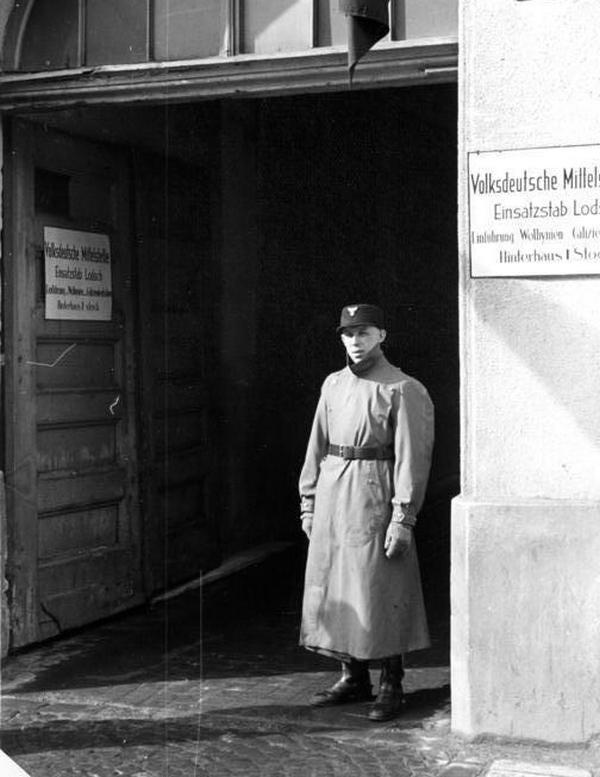 """Łódzki folksdojcz, może i on trafił na """"ochotnika"""" do Wehrmachtu? (źródło: Bundesarchiv; lic. CC-BY-SA)."""