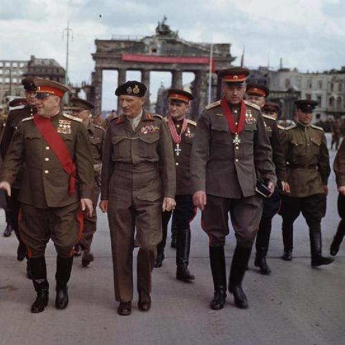 Allies at the Brandenburg Gate, 1945