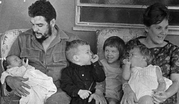 Che i Aleida z przychówkiem, bez najmłodszego Ernesto, którego jeszcze nie było na świecie.