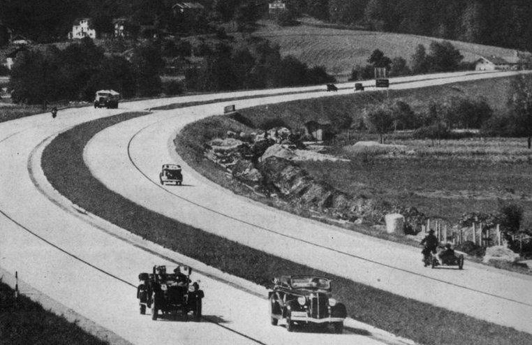 Jednym z kół zamachowym gospodarki III Rzeszy miał być zakrojony na szeroką skalę plan budowy sieci autostrad (źródło: domena publiczna).