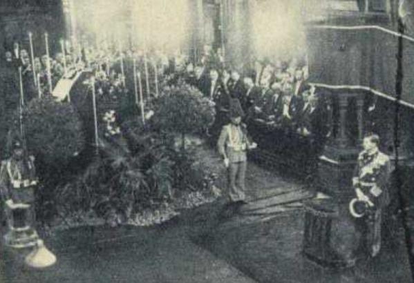 Mszy żałobnej za duszę Marszałka nie mogło zabraknąć również w Bukareszcie (źródło: domena publiczna).