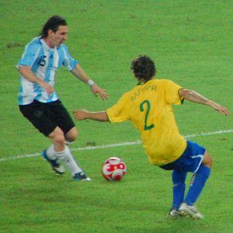 Futbol – przez wielu nazywany najważniejszą rzeczą spośród tych nieważnych (fot. akiwitz, CC BY-SA 2.0).