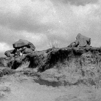 Każdy żołnierz Samodzielnej Brygady Spadochronowej musiał przejść morderczy trening.