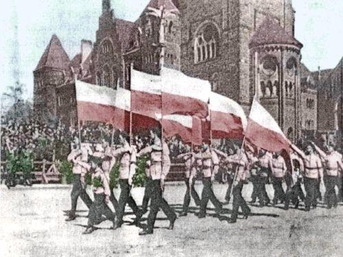 Marsz młodych narodowców (fot. domena publiczna).