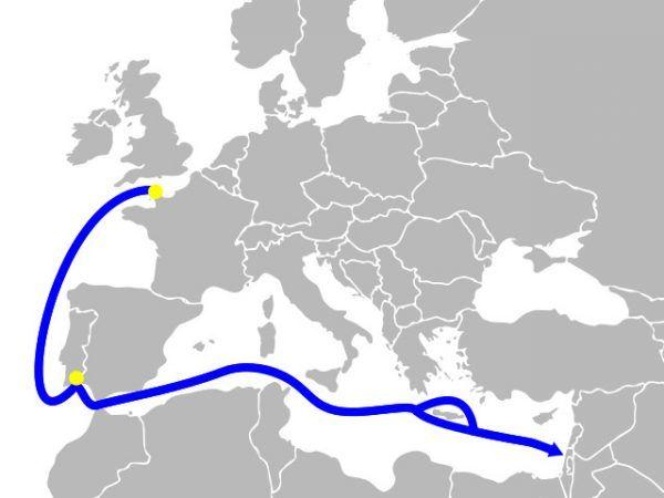 Trasa, jaką uciekały izraelskie kutry (rys. Benherz, CC BY-SA 3.0).