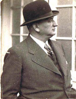 Hugo Meisl był przekonany, że kluczem do zwycięstwa jest gra oparta na podaniach, nie zaś dryblingach napastników.