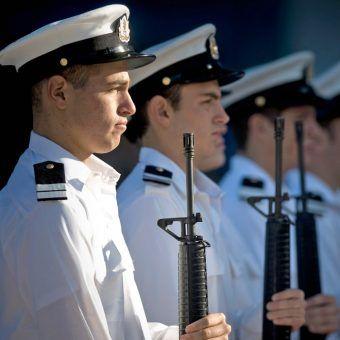 Izraelscy marynarze: wrogie okręty zatapiają, własne porywają (fot. Chad J. McNeeley, U.S. Navy, domena publiczna).