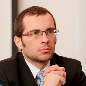 """Prof. Patryk Pleskot poleca: """"Z [politycznym] fasonem…"""" (fot. P. Życieński)."""