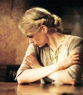 """Kadr z filmu """"Kobieta w Berlinie"""". Podobne historie zdarzały się również we Wrocławiu, Opolu, Zielonej Górze..."""