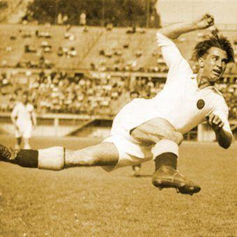Matthias Sindelar, najwybitniejszy piłkarz Wunderteamu, jednej z najlepszych drużyn, które nigdy nie wygrały mistrzostwa świata.