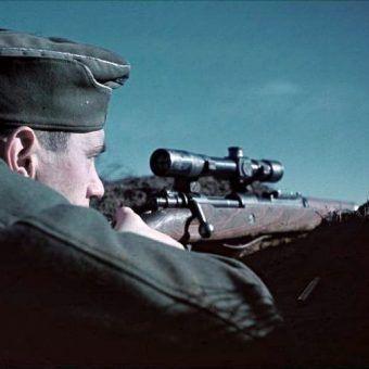 Nie daj wziąć się na cel! (fot. Bundesarchiv, Bild 169-0526 / CC-BY-SA).