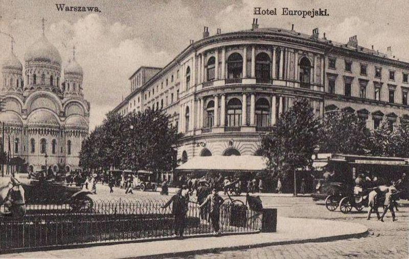 Sprawa lekarki-lesbijki zelektryzowała nie tylko Warszawę ale i całą Polskę. Na ilustracji pocztówka z 1923 r. (źródło: domena publiczna).