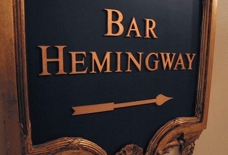 Nie dziwota, że bar w Hotelu Ritz nosi teraz imię Hemingwaya (fot. Pablo Sanchez, lic. CC ASA 2.0).