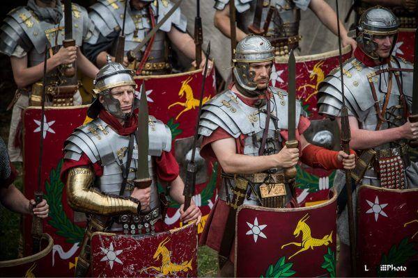 Potęga rzymskich legionów wciąż budzi podziw i fascynację (fot. Robert Łakuta, Legio XXI Rapax).