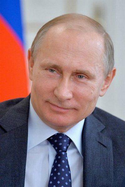 Czy po przeczytaniu petycji Putin dalej będzie się uśmiechał? (źródło: Kremlin.ru, lic. CC BY 3.0)