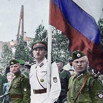 Setki tysięcy jeńców wstąpiło w szeregi Rosyjskiej Wyzwoleńczej Armii (źródło: domena publiczna).