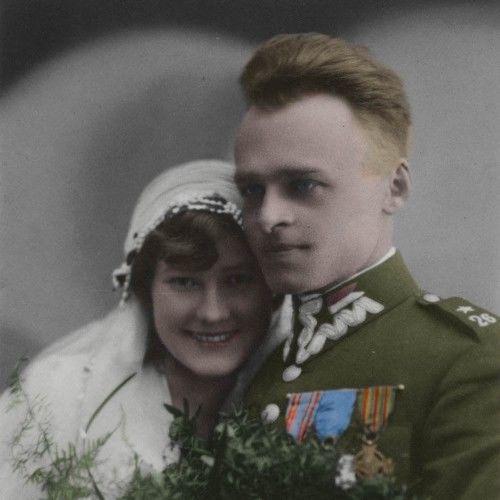 Państwo Pileccy w dniu ślubu. (fot. archiwum prywatne Andrzeja Pileckiego; koloryzacja RK).