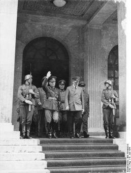 Rumuński dyktator Ion Antonescu i Adolf Hitler, 10 czerwca 1941 roku (fot. Bundesarchiv, Bild 183-B03212 / CC-BY-SA 3.0).