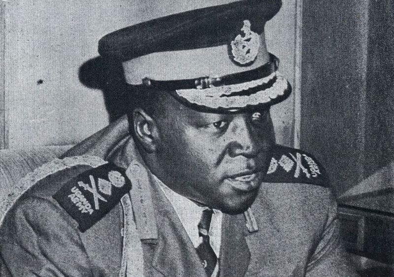 Ugandyjski dyktator Idi Amin uważał się za ostatniego króla Szkocji i twierdził, że chce obalić angielską królową. Jego syn po latach właśnie w Anglii postanowił zrobić karierę przestępczą (źródło: Archives New Zealand; lic. CC ASA 2.0).