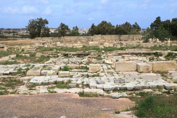 Gajusz Werres był tak zuchwały, że złupił nawet świątynię Junony na Malcie. Dziś zostały po niej jedynie niepozorne ruiny (fot. Frank Vincentz, CC BY-SA 3.0).