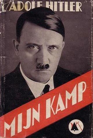 """""""Mein Kampf"""", to właśnie ta książka stała się jednym z filarów nazistowskiego antysemityzmu (źródło: domena publiczna)."""