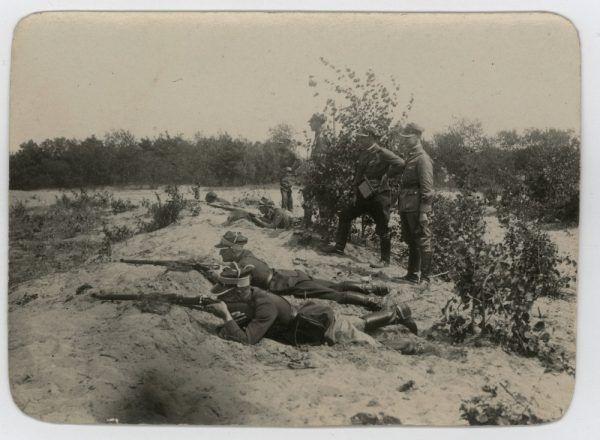 Witold Pilecki na ćwiczeniach wojskowych (fot. archiwum prywatne Andrzeja Pileckiego).