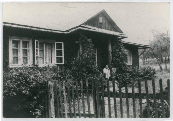 Dom rodziny Pileckich w Sukurczach (fot. archiwum prywatne Andrzeja Pileckiego).
