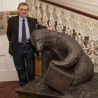 Norman Davies i słynny żołnierz-niedźwiedź Wojtek