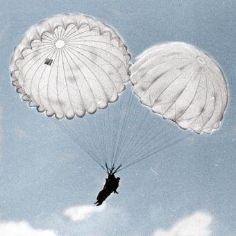 Trening dywersantów zrzucanych przez Sowietów na niemieckie tyły nie był zazwyczaj zbyt dokładny (fot. NAC, sygn. 1-S-2915-2, domena publiczna).