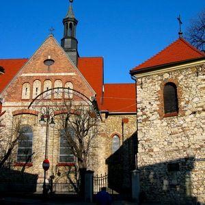 Kościół parafialny pw. św. Mikołaja z XIV w. w Chrzanowie (fot. Mariusz Paździora, lic. CC BY 3.0).