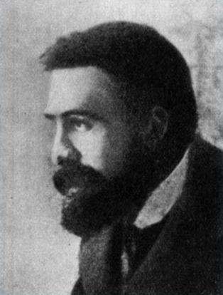 Józef Piłsudski w okresie przejściowym: między gołowąsem a wąsaczem.