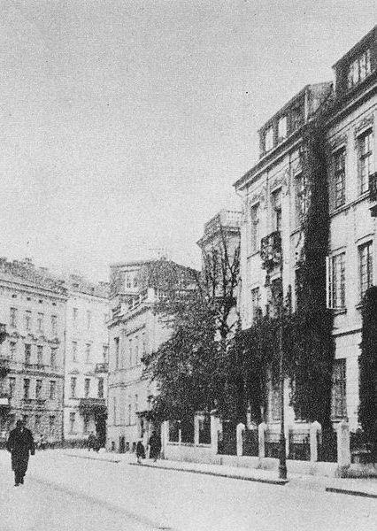 Zachodni odcinek alei Róż. Jedno z miejsc, gdzie od 27 grudnia 1943 roku do 20 stycznia 1944 roku prowadzono rozpoznanie przed zamachem na Kutscherę (źródło: domena publiczna).